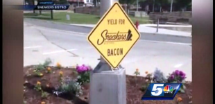 Creeping Sharia: Vermont Restaurant Removes Bacon Sign Because Of Muslim Backlash
